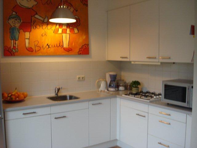 Muurtegels Keuken Verwijderen : Keukeninstallateur gezocht: Tegelen, Voorwerk en aansluiten keuken