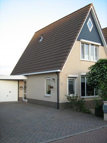 Huis schilderen buitenkant kleuren trappen - Buitenkant thuis ...